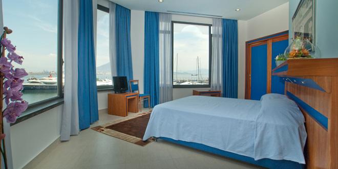 dormire a Napoli hotel